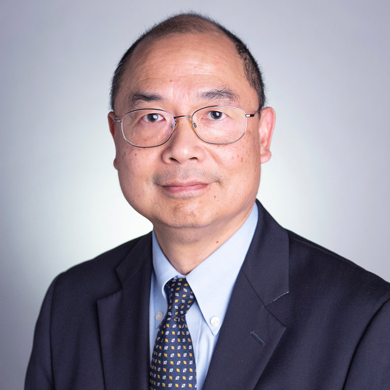 Daniel T Shum